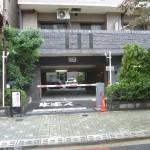 マンション駐車場でのカーゲート設置例