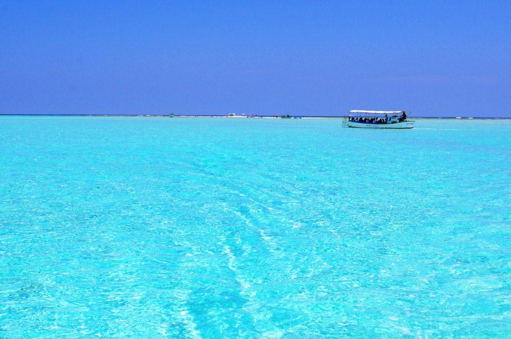 与論島の絶景 百合が浜